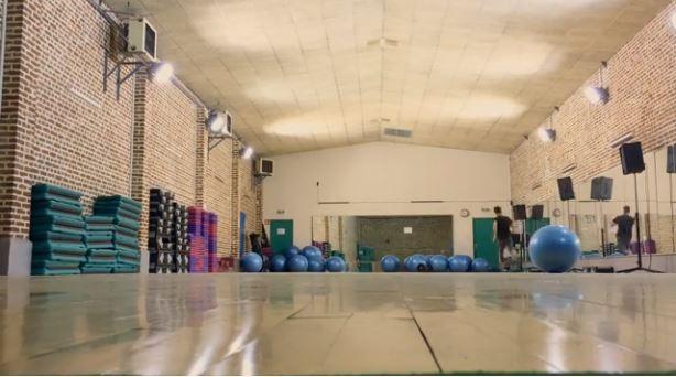 La grande salle de gym du Citi avec parquet .